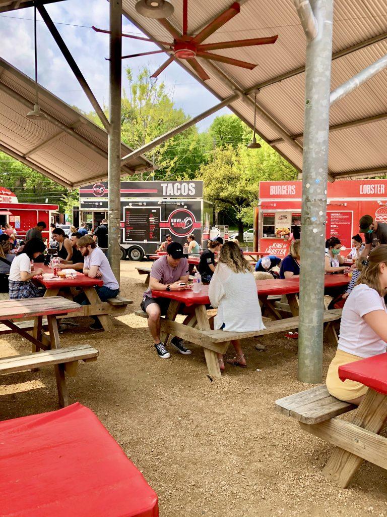 A Low-Key Central Texas Weekend #Texas #Waco #Austin #Magnolia #WeekendGetaway